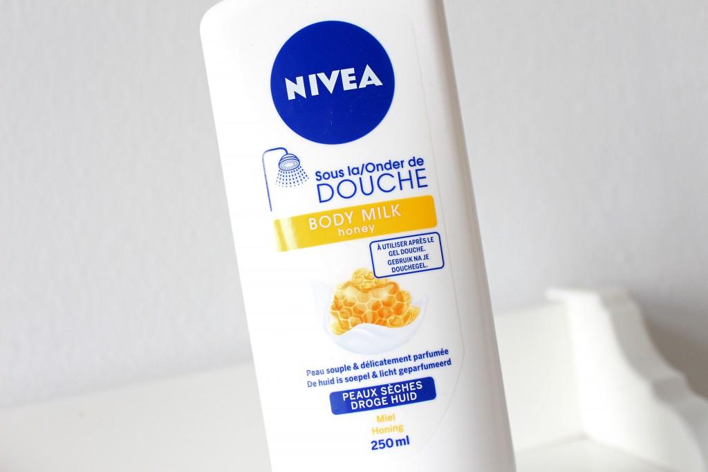 Nivea-Onder-De-Douche-Body-Milk-Honey_1
