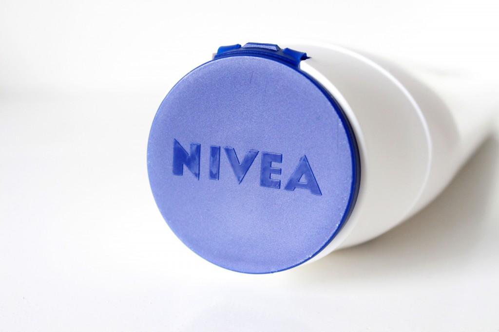 Nivea-Onder-De-Douche-Body-Milk-Honey_3