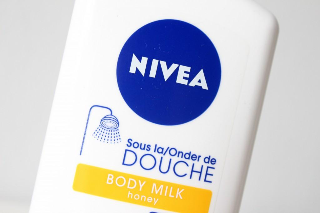 Nivea-Onder-De-Douche-Body-Milk-Honey_4
