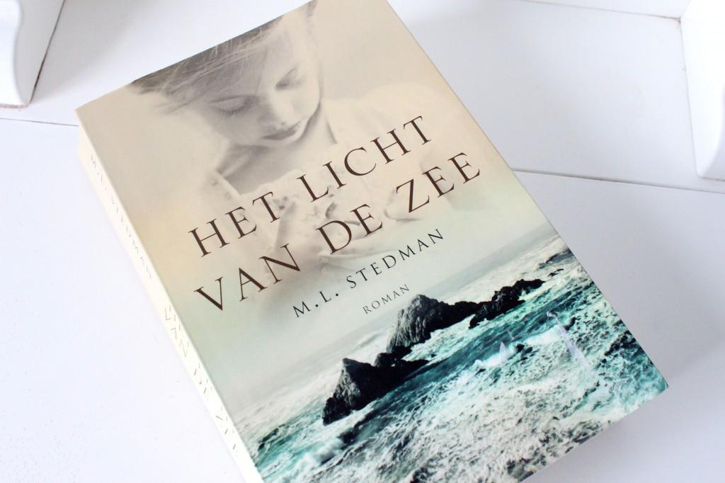 M.L.-Stedman-Het-licht-van-de-zee