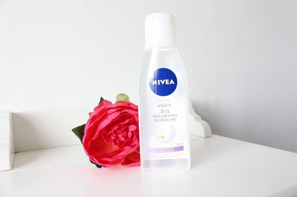 Nivea-Sensitive-3-in-1-Micellair-Water