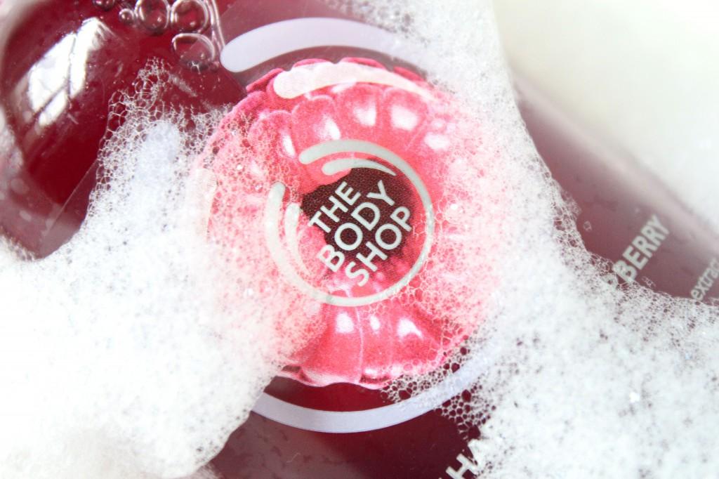 The-Body-Shop-Early-Harvest-Raspberry-Shower-Gel_2