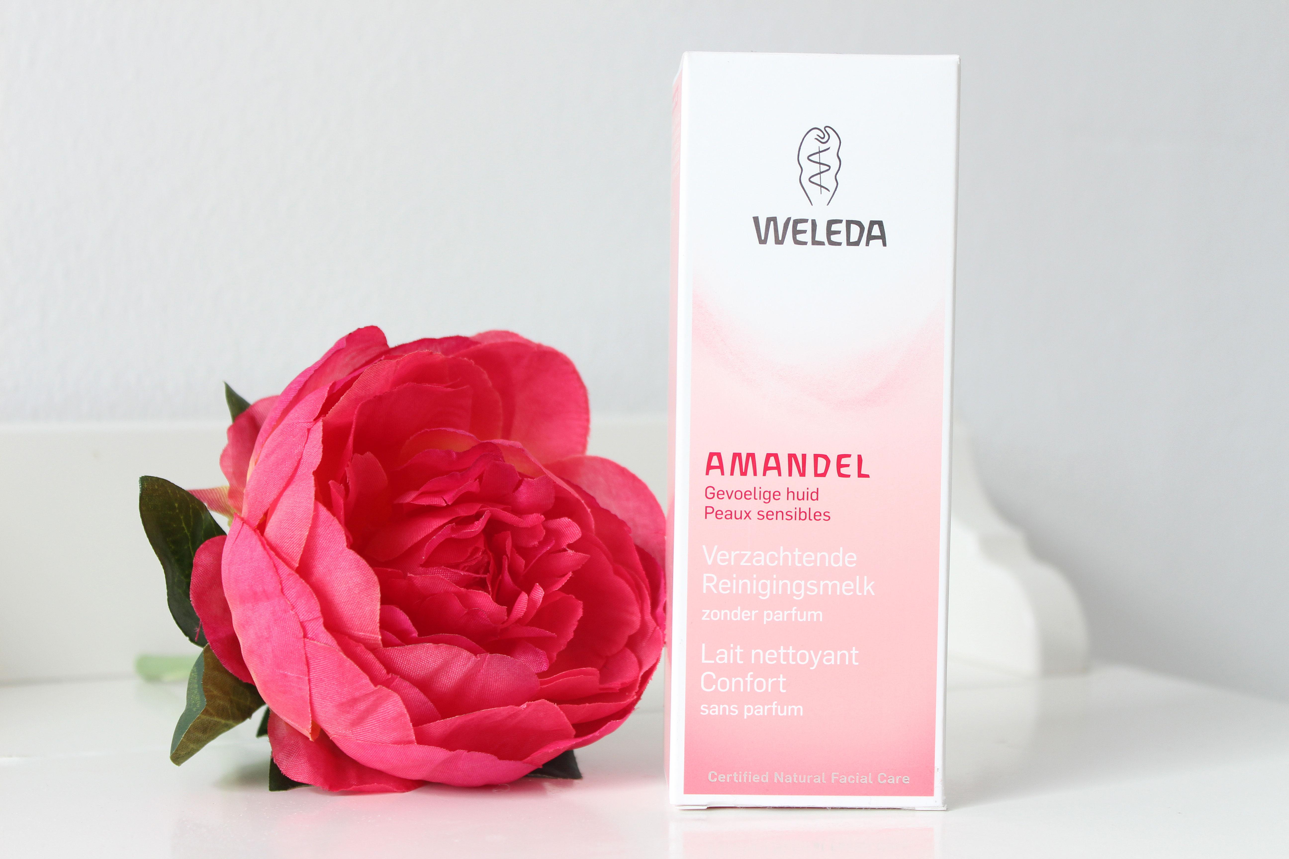 Weleda-Amandel-Verzachtende-Reinigingsmelk
