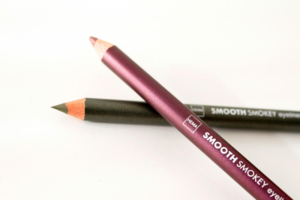 Hema-Smooth-Smokey-Eyeliner_2