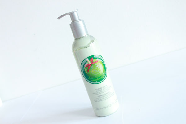 The-Body-Shop--Glazed-Apple-Shimmer-Lotion