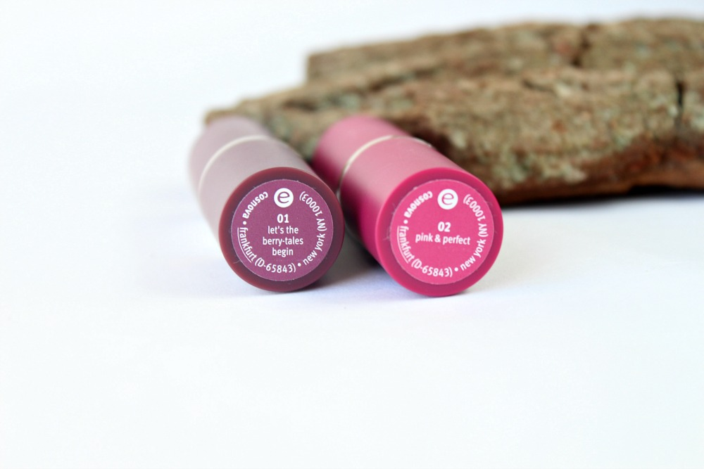 Essence Merry Berry Lipsticks Let's The Berry Tales Begin & Pink & Perfect