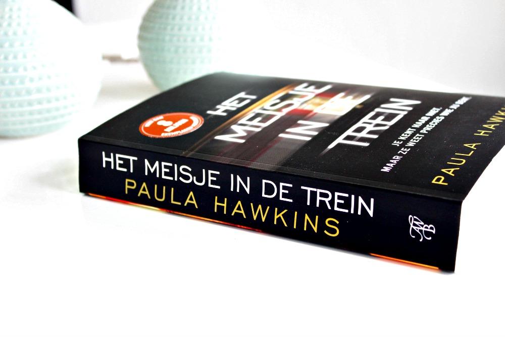 Boek Het meisje in de trein van Paula Hawkins