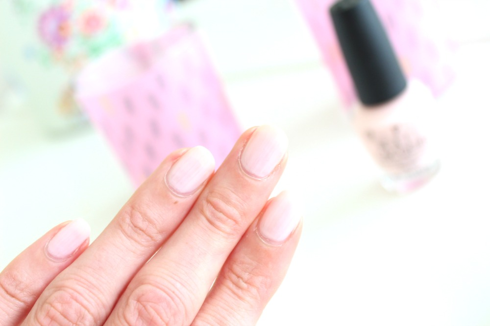 OPI I Love Applause Nail Lacquer Review
