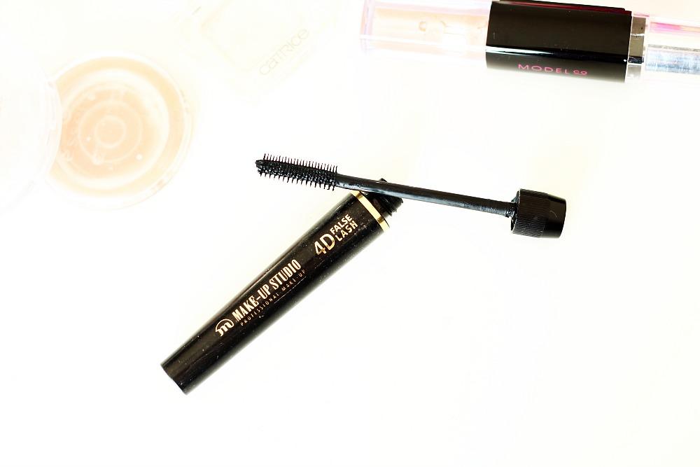 Opgemaakt make-up producten Make-Up Studio 4D False Lash
