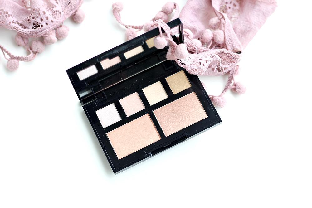 Webshop Voordeeldrogisterij W7 Glow For Glory Illuminating Palette Review Beautyjuf