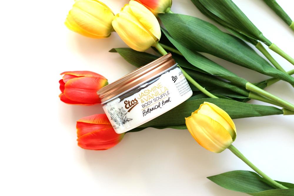 Mijn geopende stash body butters Etos Botanical Boost Jasmine & Vanilla Body Soufflé.
