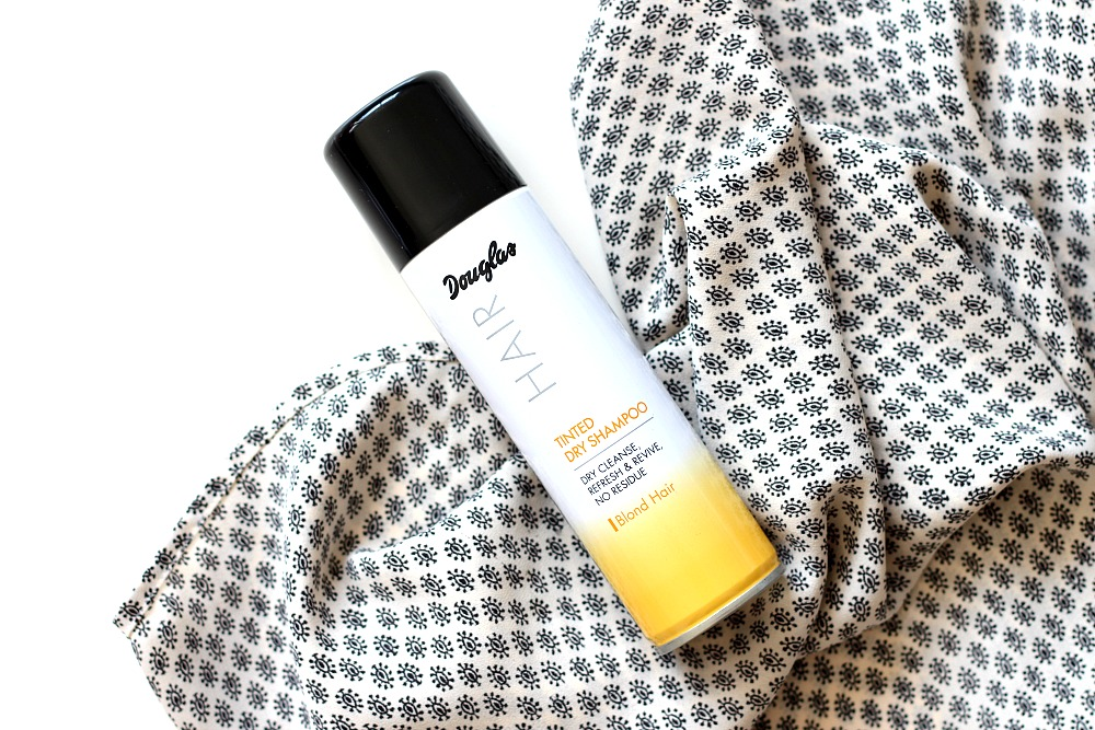 Douglas Collection Droogshampoo Review Tinted Dryshampoo Blond Hair Review
