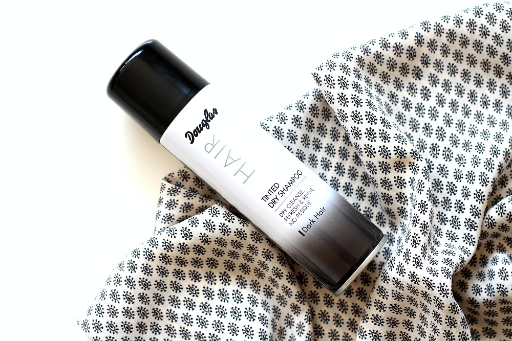 Douglas Collection Droogshampoo Review Tinted Dryshampoo Dark Hair Review