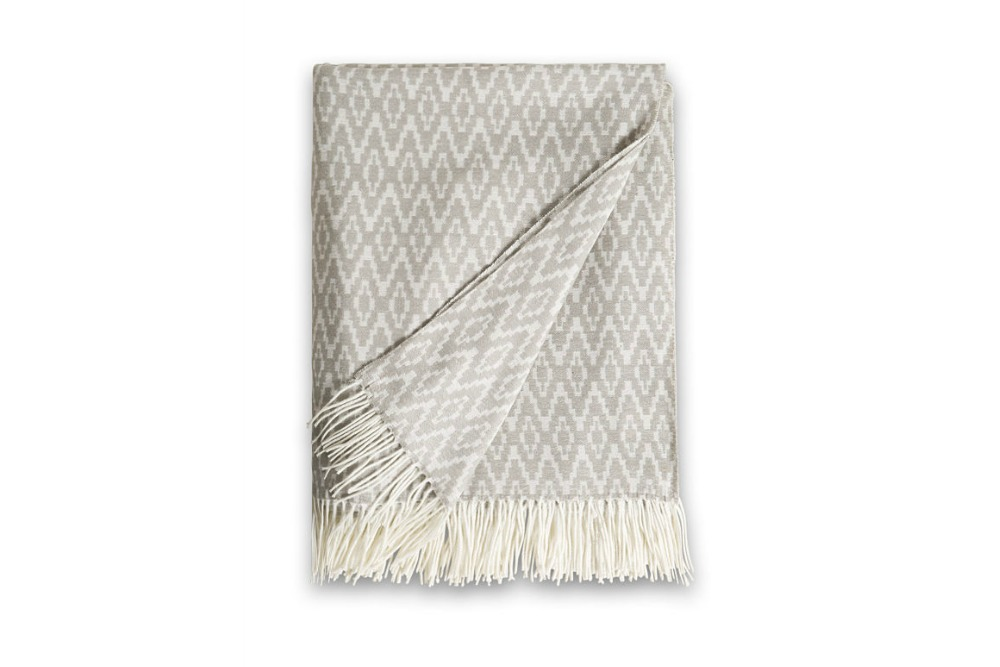 Wishtlist Esprit Home Geweven keerbare deken Lex met franjes Beautyjuf