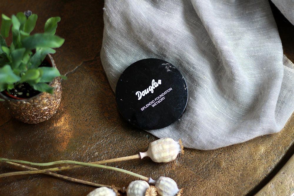 Opgemaakt december 2017 Douglas Splendid Foundation Wet & Dry Review Beautyjuf
