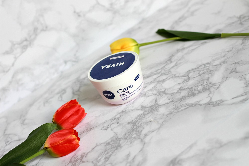 Mijn geopende stash body butters #4 Nivea Care Sensitive Cream