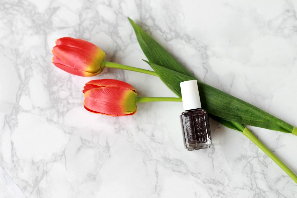Essie Frock 'n Roll Review